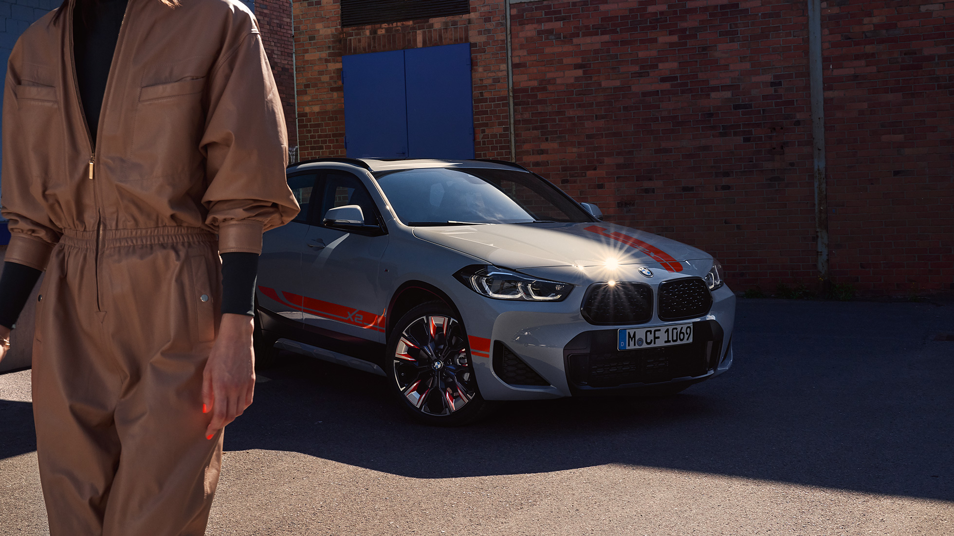 BMW X2 2020 F39 Brooklyn Grey three quarter front view Double kidney